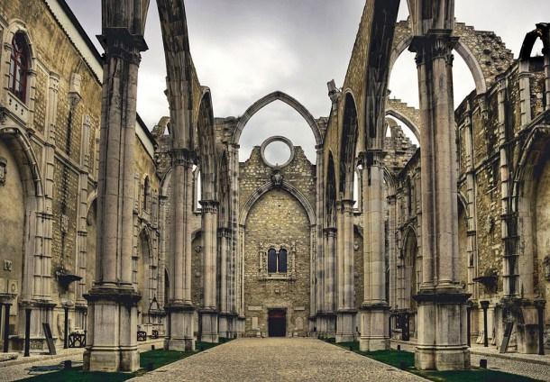 ruinas_convento_do_carmo_lisboa-610x424